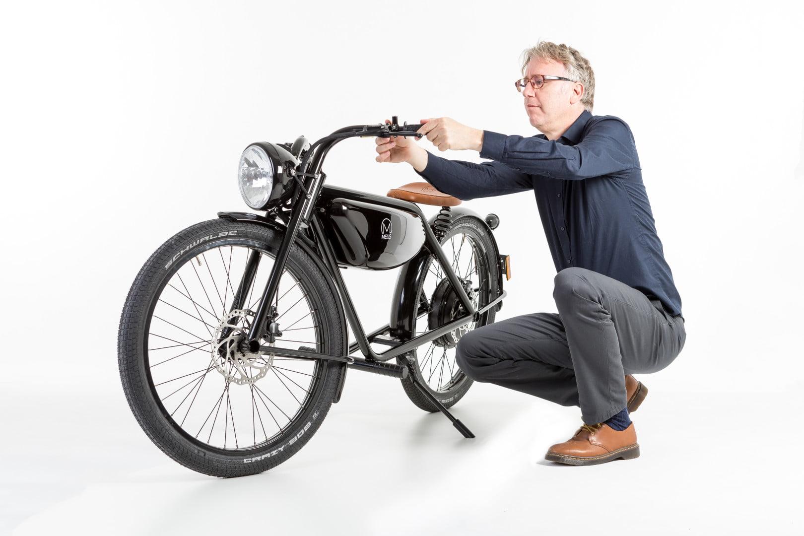 Электровелосипед в стиле ретро